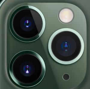 iPhone11のトリプルカメラ外見